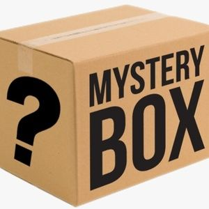 5 lbs Mystery Box of Clothes Reseller Box